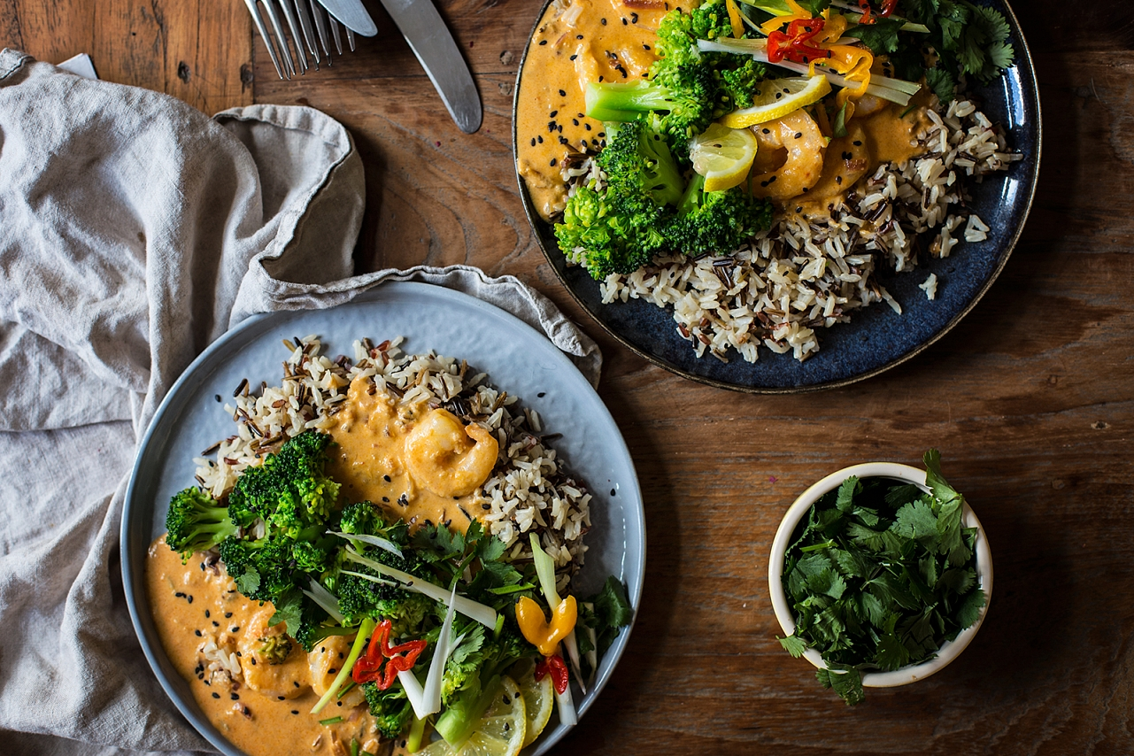 Curry arašídová omáčka